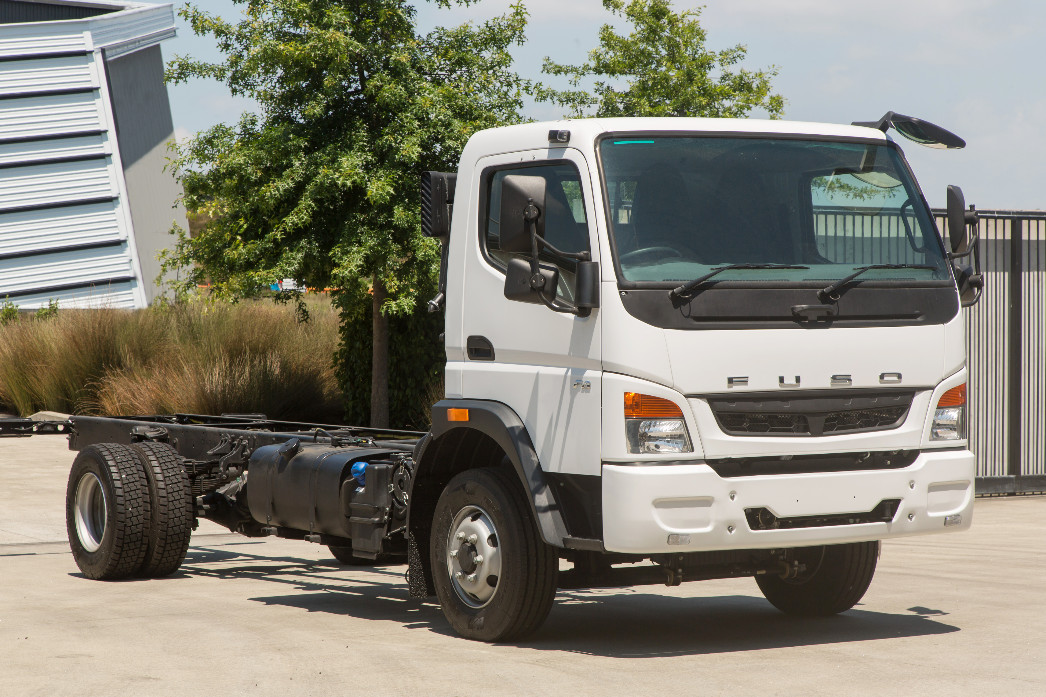 Fuso Truck & Bus Range, Models & Specifications | Keith Andrews